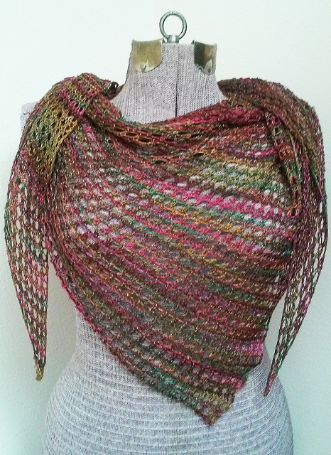 garden_fresh_shawl_medium2